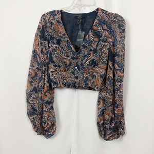 FOREVER 21 CROPPED FLORAL PRINT LONG SLEEVE TOP